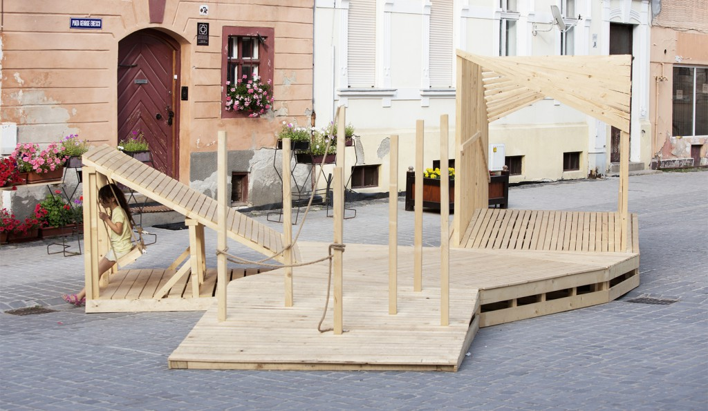 Camposaz Transylvania Playground